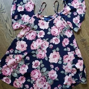 Baby doll floral maternity shirt